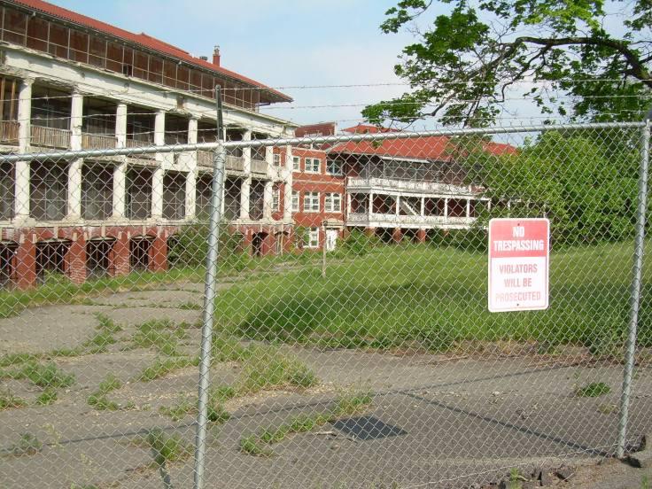 J.N. Adam Memorial Hospital - Perrysburg, New York