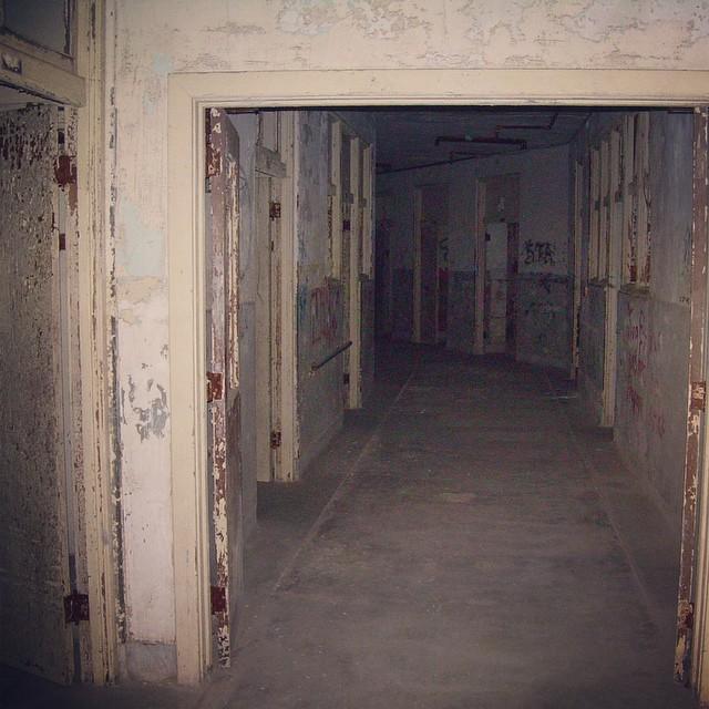Waverly Hills - 4th Floor Hallway