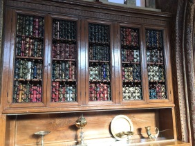 books-inside-hearsts-private-office-library